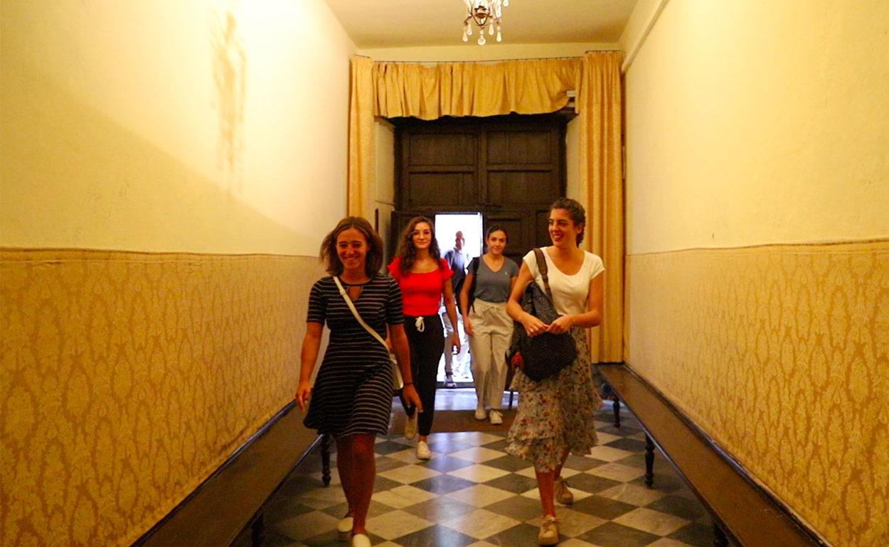 carousell_zipoli_extra_0026_In corridoio.png
